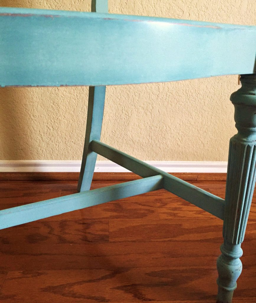 How to distress and finish sand milk paint.