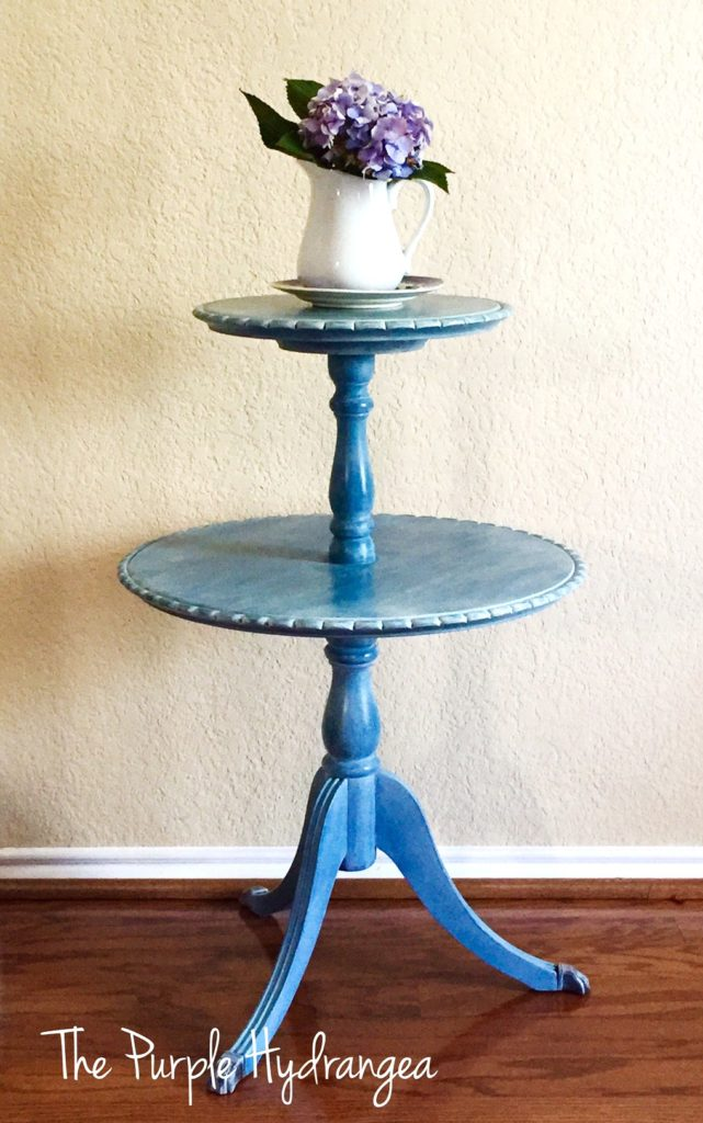 This vintage Duncan Phyfe style pie crust table has a new look using Miss Mustard Seed's Milk Paint in Flow Blue and sealed with white wax.