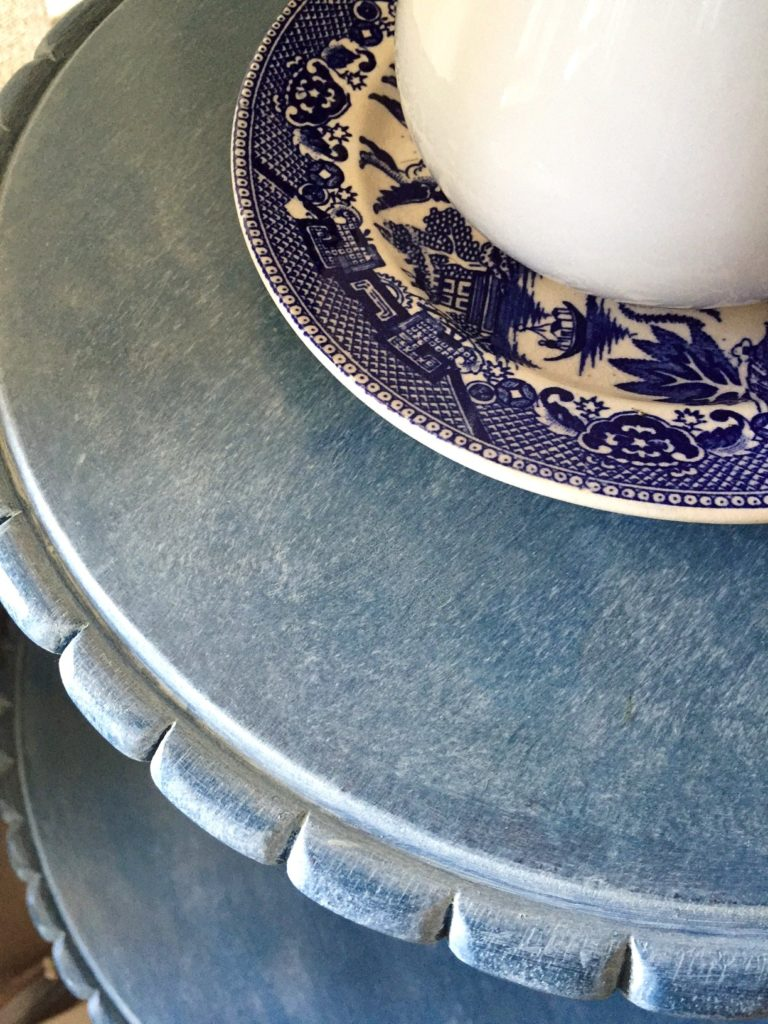 Pie crust table in Flow Blue sealed with white wax from Miss Mustard Seed Milk Paint.