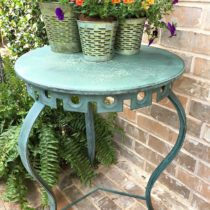 This patio table trash to treasure makeover has a custom color mix of Miss Mustard Seed's Milk Paint.